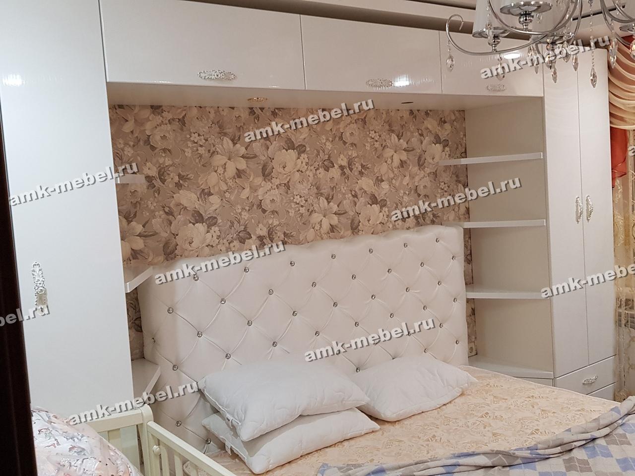Шкаф в спальню и Кровать «Лукреция»