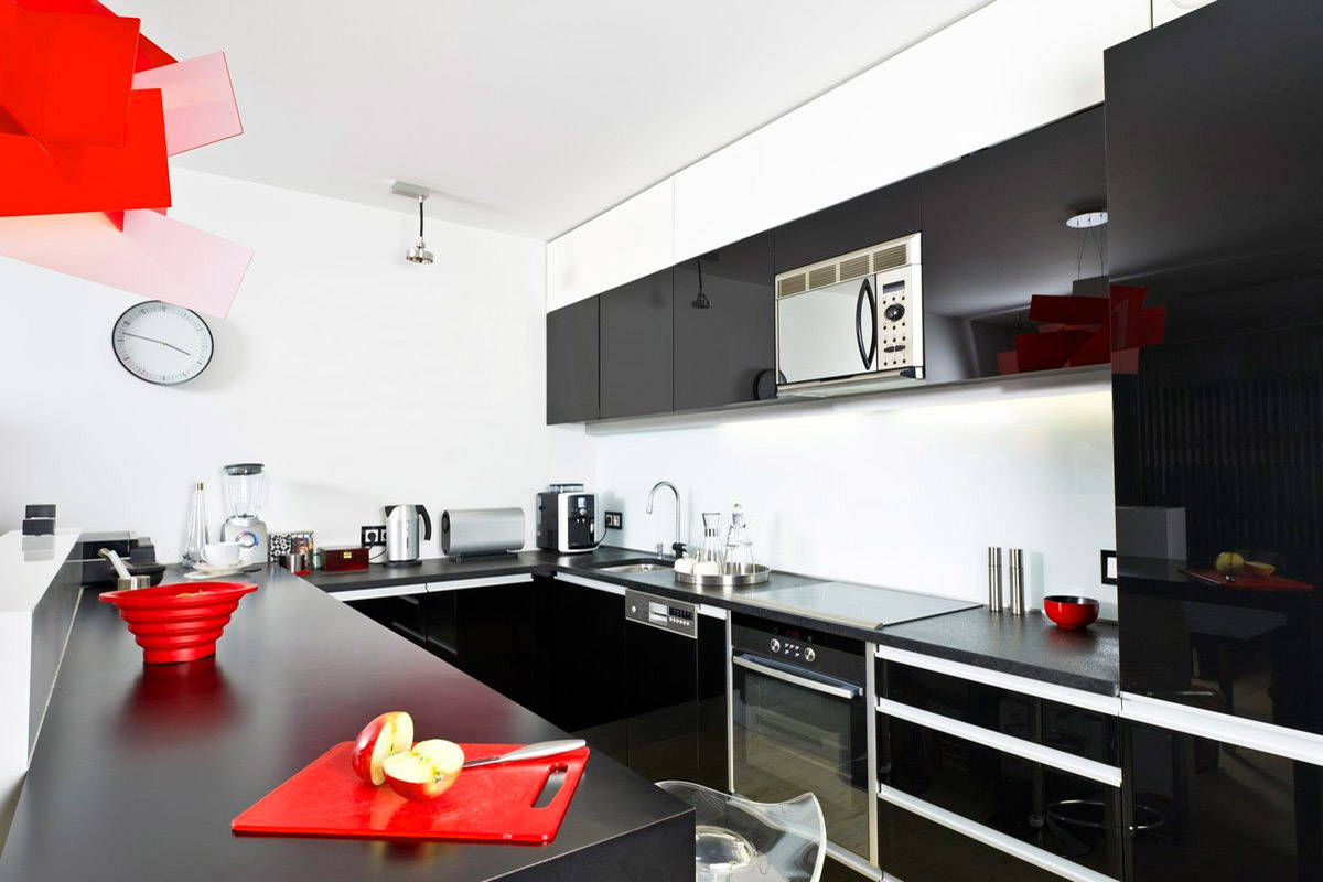 Кухня в стиле «Хай Тек»